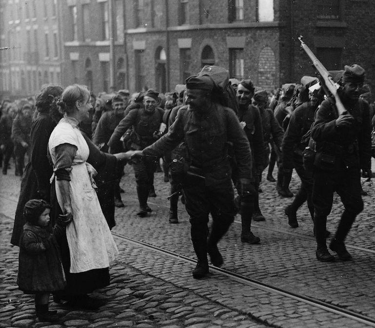 WWI soldier saying goodbye